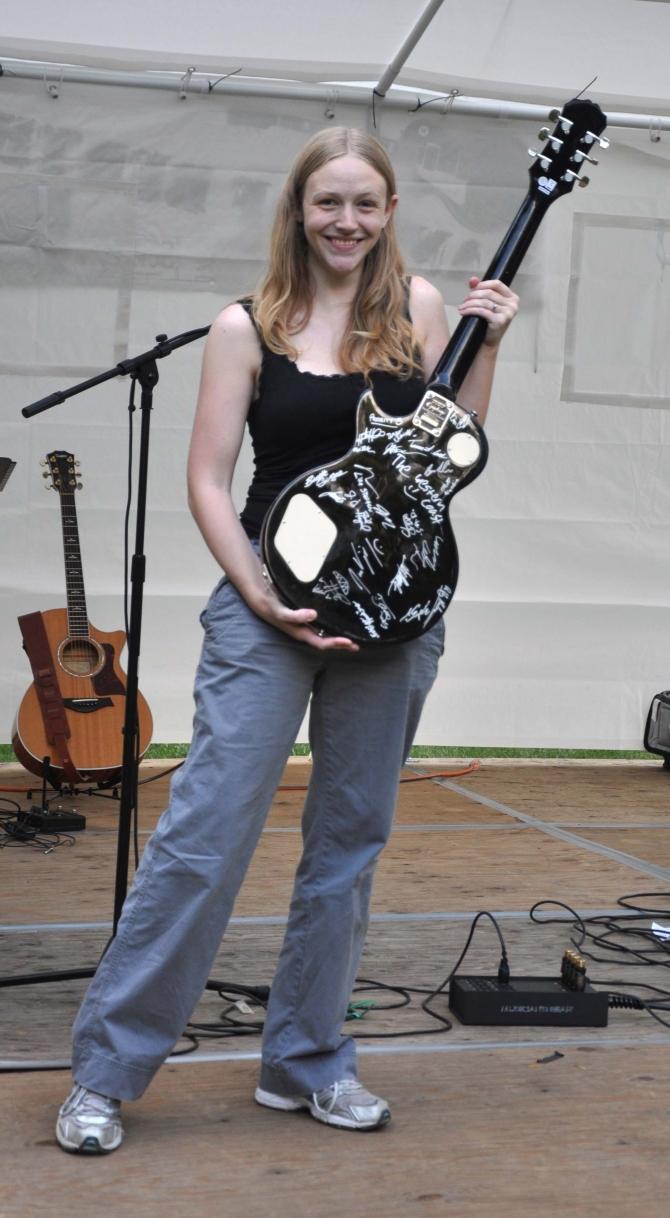 guitar-auction