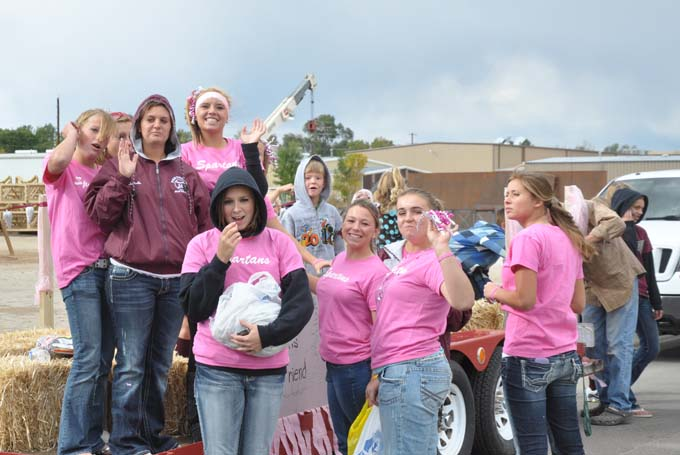8315 BHS Homecoming Parade 2010