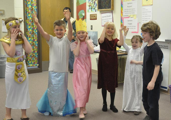 primary take a bow 2 Odyssey of the Mind for Second Grade