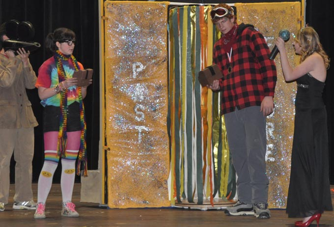 4308 odyssey emmie and brendon get their treasure boxes Berthoud Division III Odyssey of the Mind teams place first.