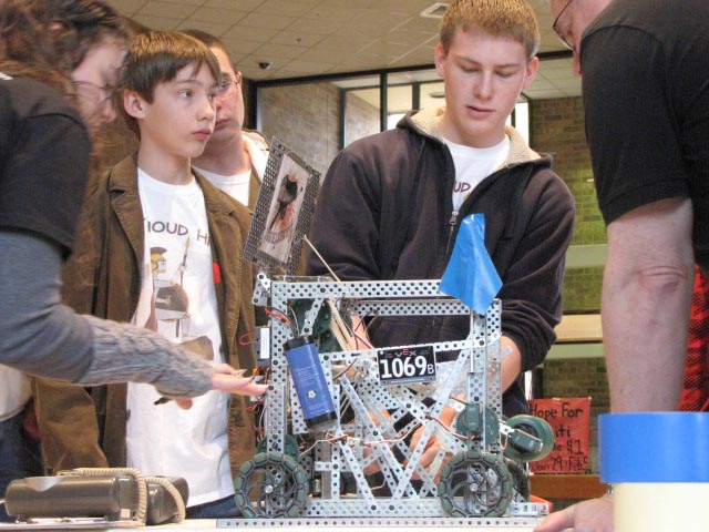 robotics 4 Berthoud High Hosts Colorado VEX Robotics Championship