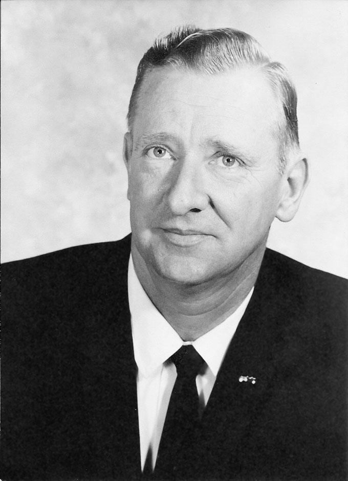 OBIT McClain Donald0001 680pix Obituary: F. Donald McClain