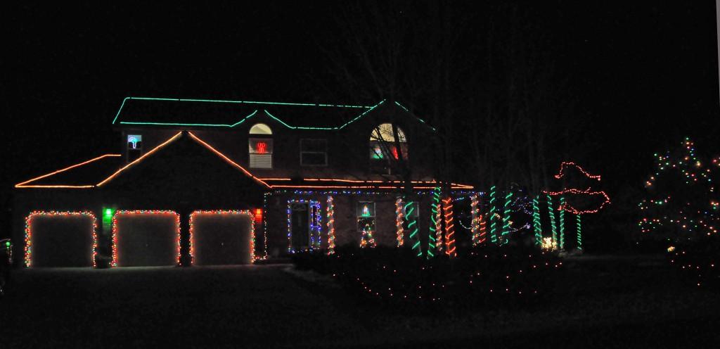 breckenridge dr 1024x496 Christmas Lights