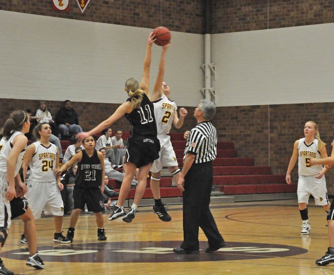 1617 Berthoud controls the tip off and runs up 5 points1 Spartan girls win over Silver Creek 42 35
