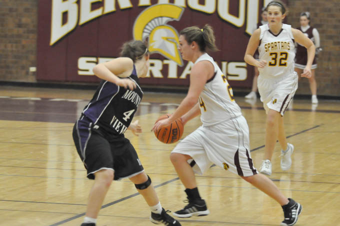 Girls BB Danielle Wikre Lady Spartans win in closing seconds