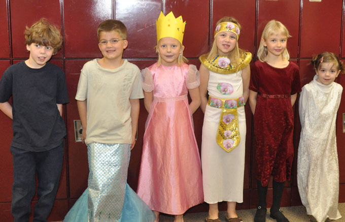 4241 primary cast Odyssey of the Mind for Second Grade