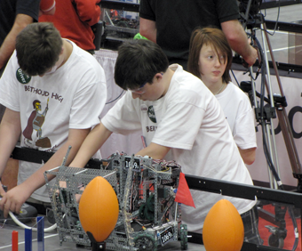 HeavyMetal Berthoud and Loveland Teams Compete at VEX World Championship in Dallas