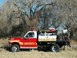 wildland fire engine26 Berthoud Fire responds to area wildland fires