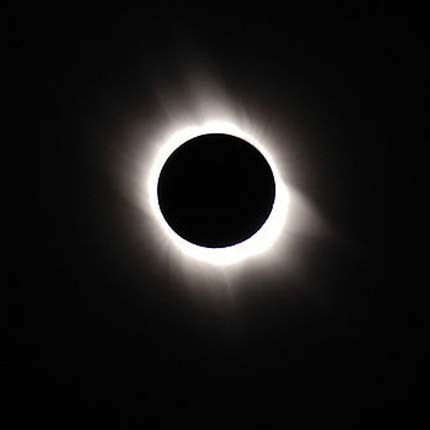 10jul10 430 Earthsky Tonight— July 10,Total solar eclipse over South Pacific on July 11