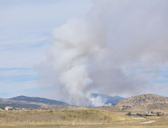 View 1 Major wild land fire at Flatiron Reservoir