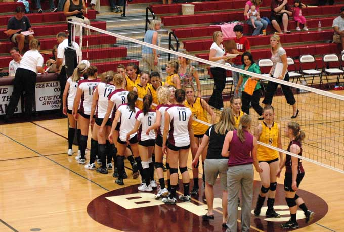 VollleyBall 9 16 10 Berthoud Volleyball tops Brush