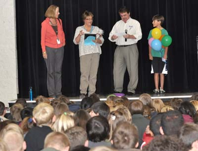 8825 eighth grade audience400 Denise Schump chosen for Teacher Tuesday honor