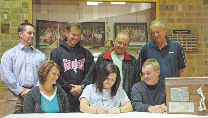 Wikre signing 670 Berthouds Danielle Wikre Earns Softball Scholarship