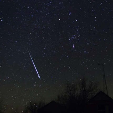 10dec12 EarthSky Tonight—December 12,  2010 Geminid meteors late evening to dawn