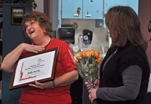 Millie reacts Berthoud El Kindergarten teacher receives award