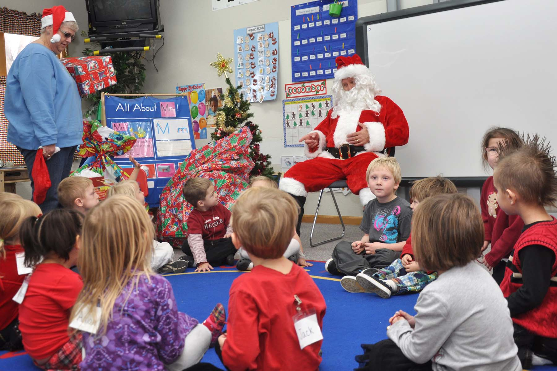 Santa at headstart Santa Clause goes to school