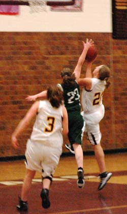2 3 11.2 Berthoud Girls Basketball Routs Highland