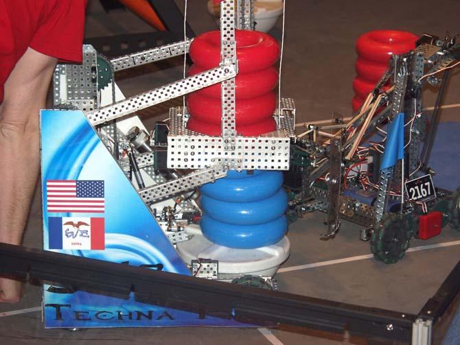 Robot Fight 670 Robot Battle at Berthoud High School