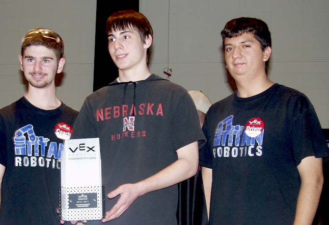 Tournment Champion 670 Robot Battle at Berthoud High School