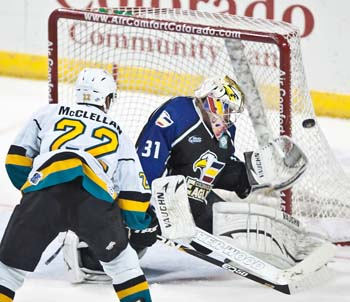 Bee score Eagles Win Nail Biter Over Bees in 500th Game