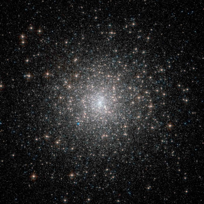 m15 hst 4089 670x670 Astronomy Picture of the Day
