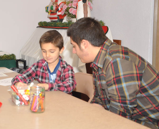 Matthews IOOF holds Christmas party for Namaqua Kids